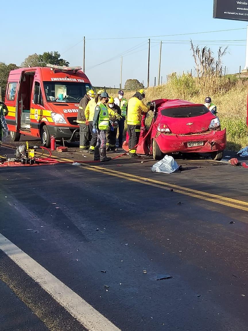 Lê Notícias - Polícia - Família de Xaxim morre em grave acidente...